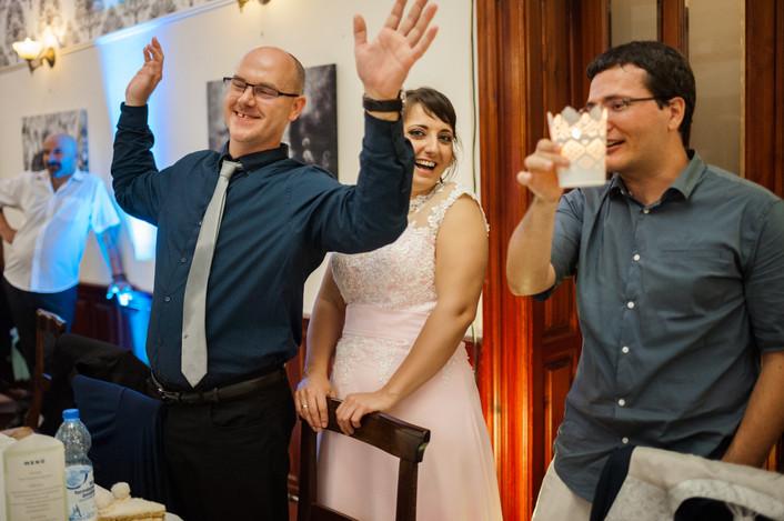 Esküvő fotózás videózás - Rita és Balázs - esküvői buli 40