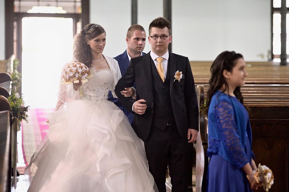 012 Esküvő fotózás - Dia és Endi - Templ