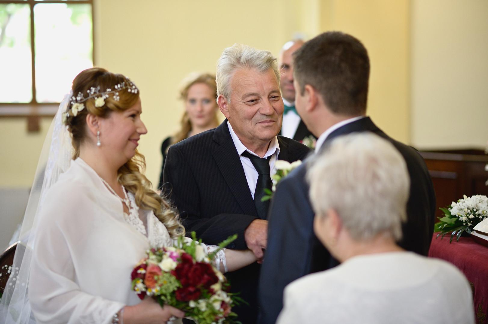 144  Esküvői fotózás - Enikő és Peti.jpg