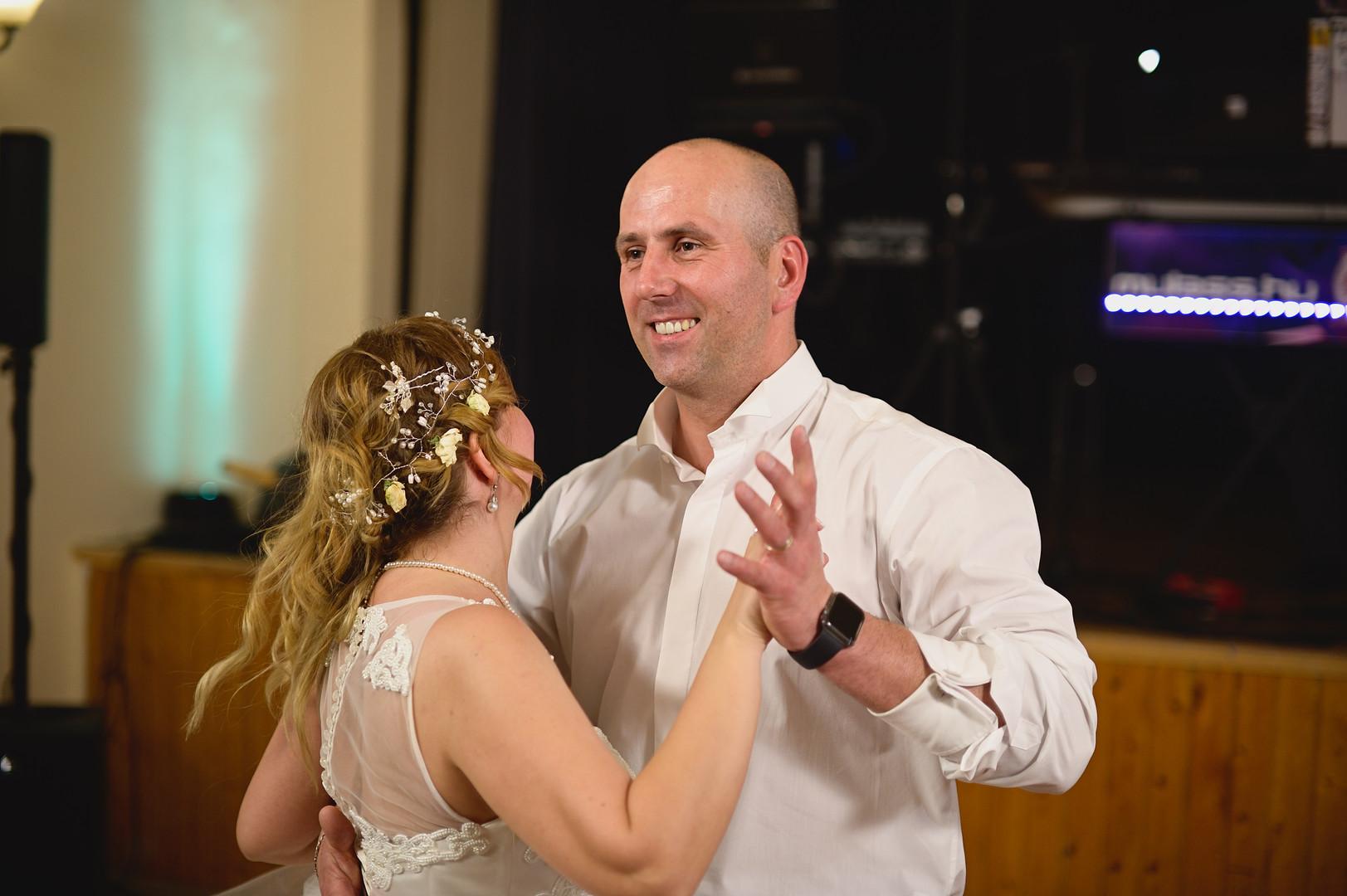 707  Esküvői fotózás - Enikő és Peti Bul