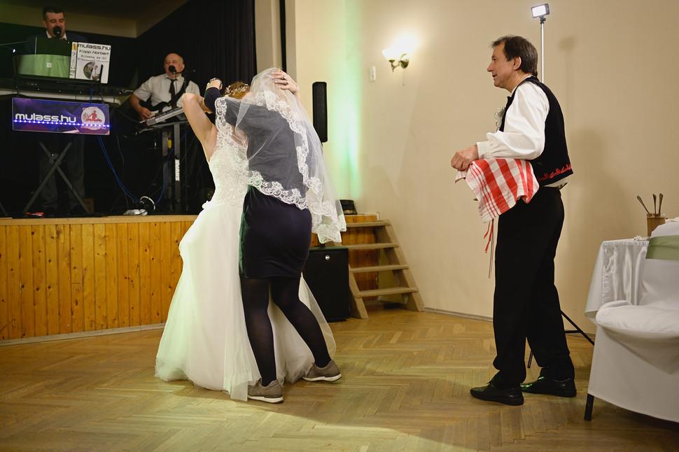 690  Esküvői fotózás - Enikő és Peti Bul