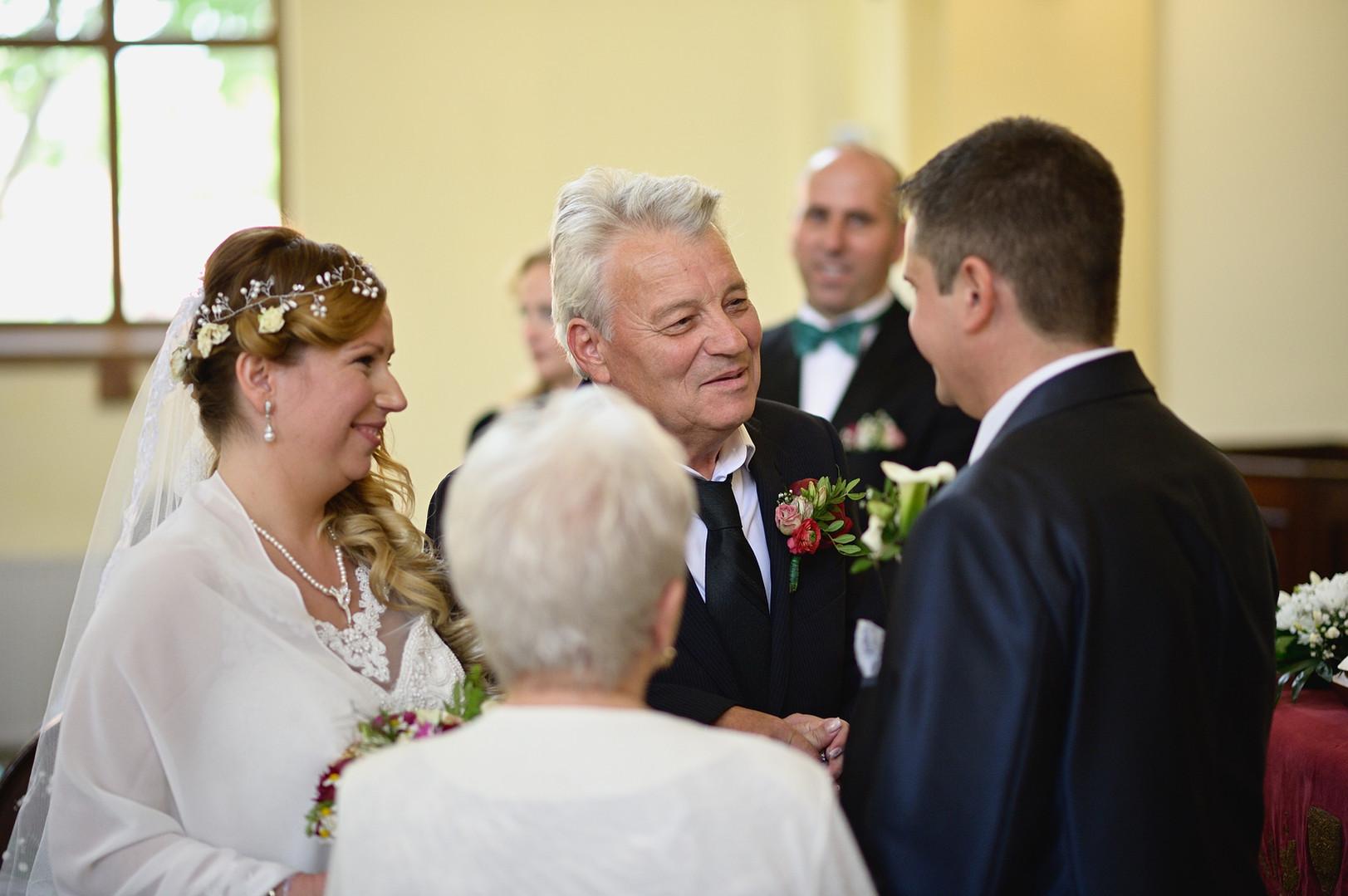 145  Esküvői fotózás - Enikő és Peti.jpg