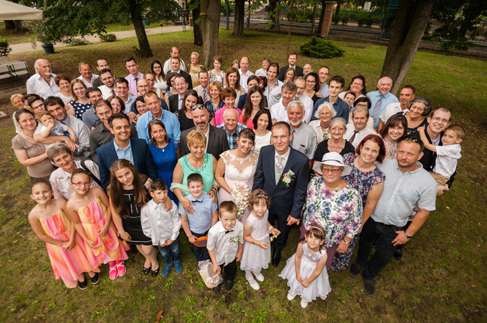 Esküvő fotózás videózás - Rita és Balázs - csoportfotózás 20