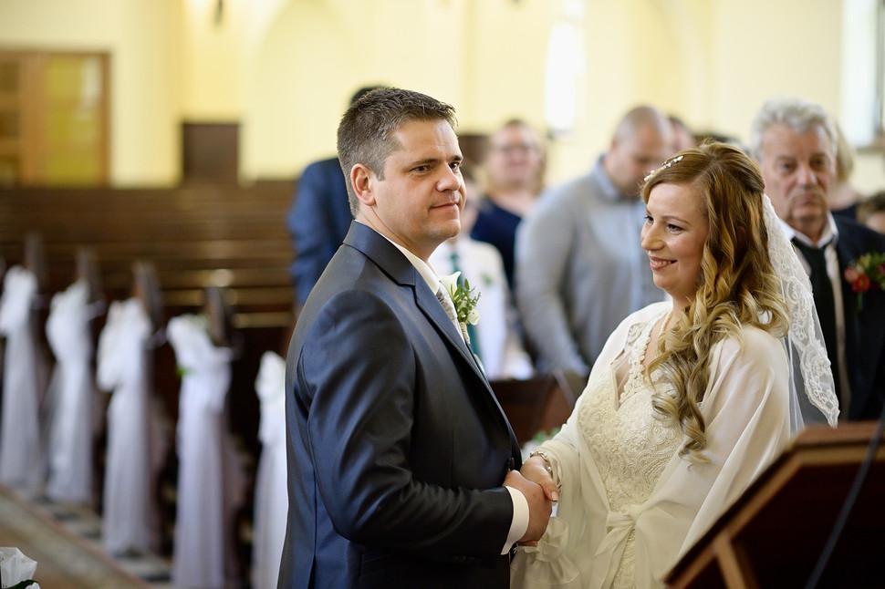 172  Esküvői fotózás - Enikő és Peti.jpg
