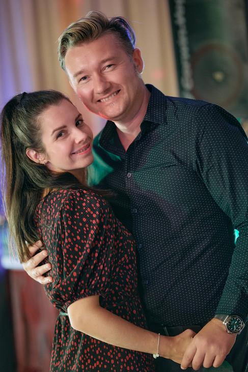Karesz és Kriszti esküvői fotói, esküvőfotózás Aquaworld buli