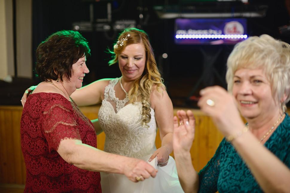701  Esküvői fotózás - Enikő és Peti Bul