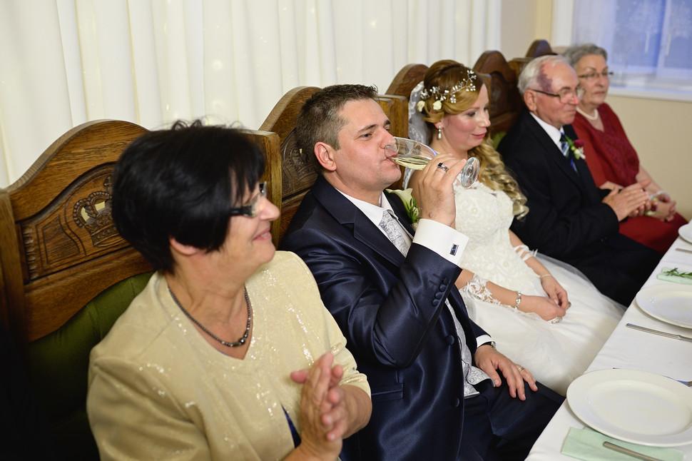 407  Esküvői fotózás - Enikő és Peti Bul