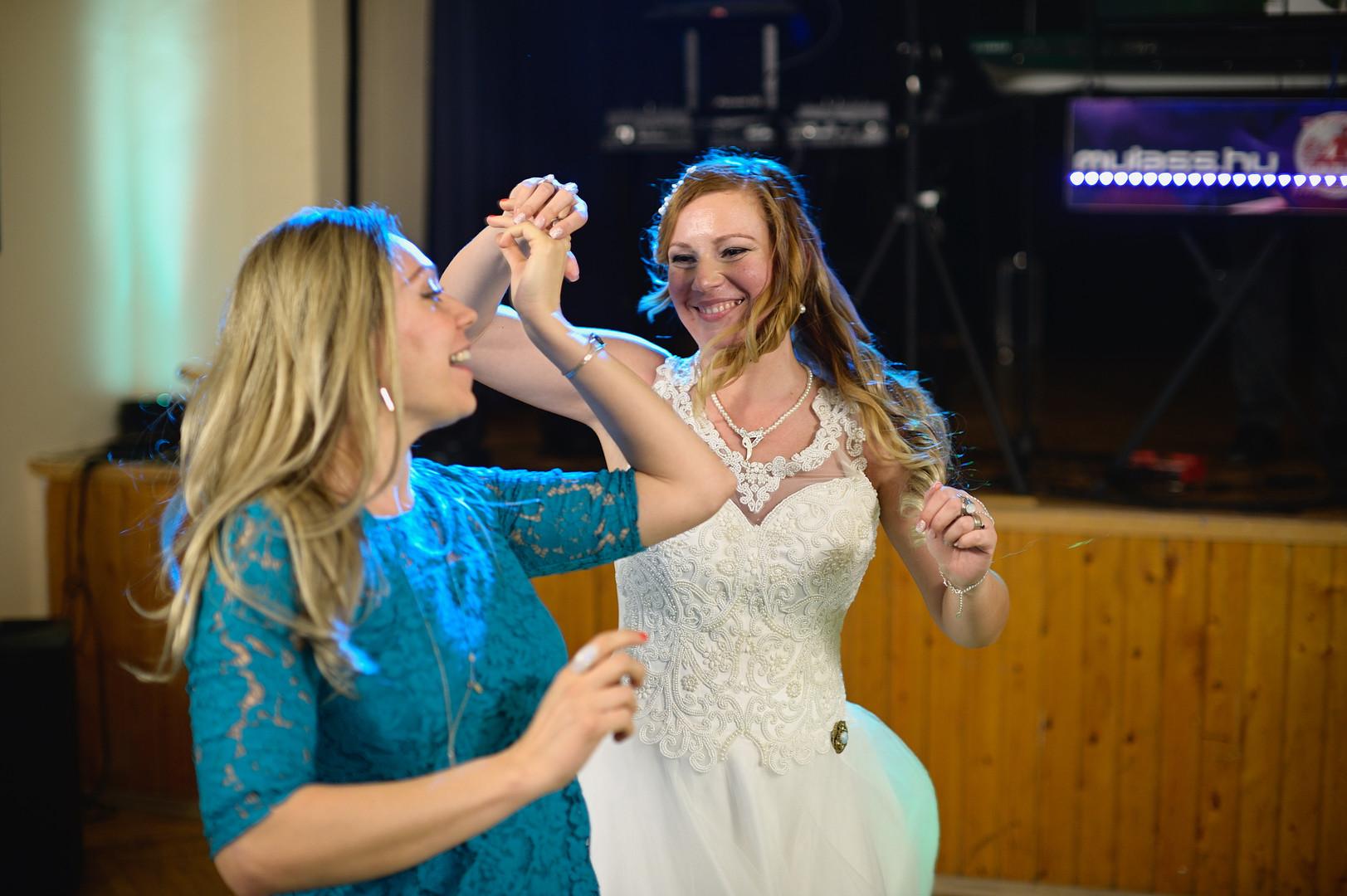 698  Esküvői fotózás - Enikő és Peti Bul