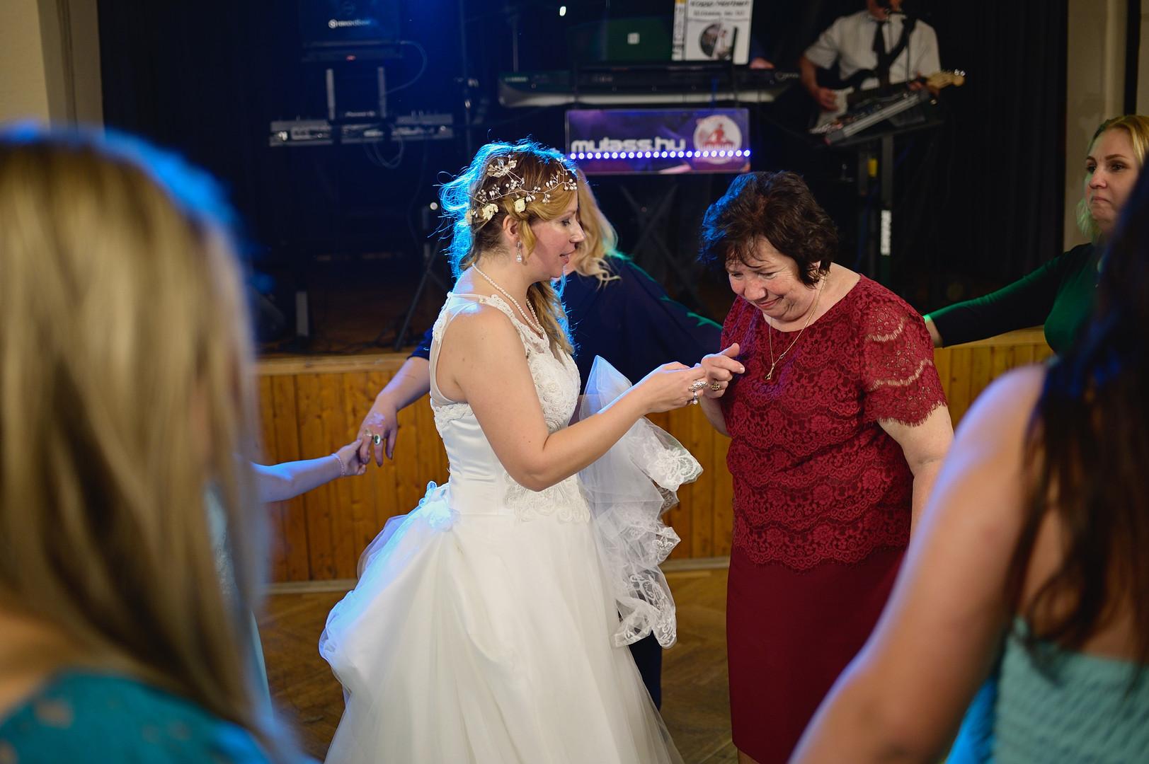 683  Esküvői fotózás - Enikő és Peti Bul