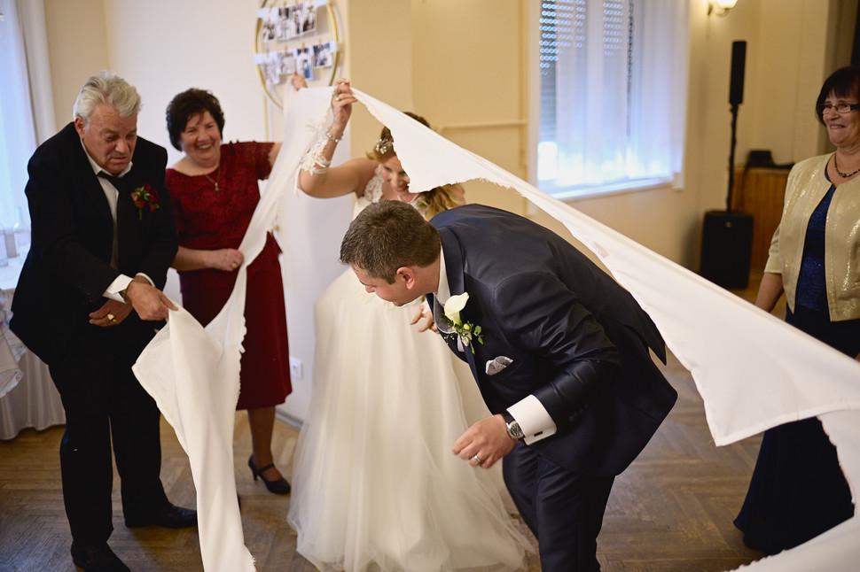 385  Esküvői fotózás - Enikő és Peti Bul