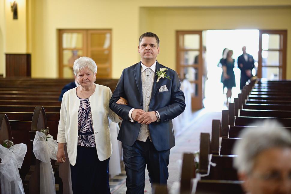 132  Esküvői fotózás - Enikő és Peti.jpg