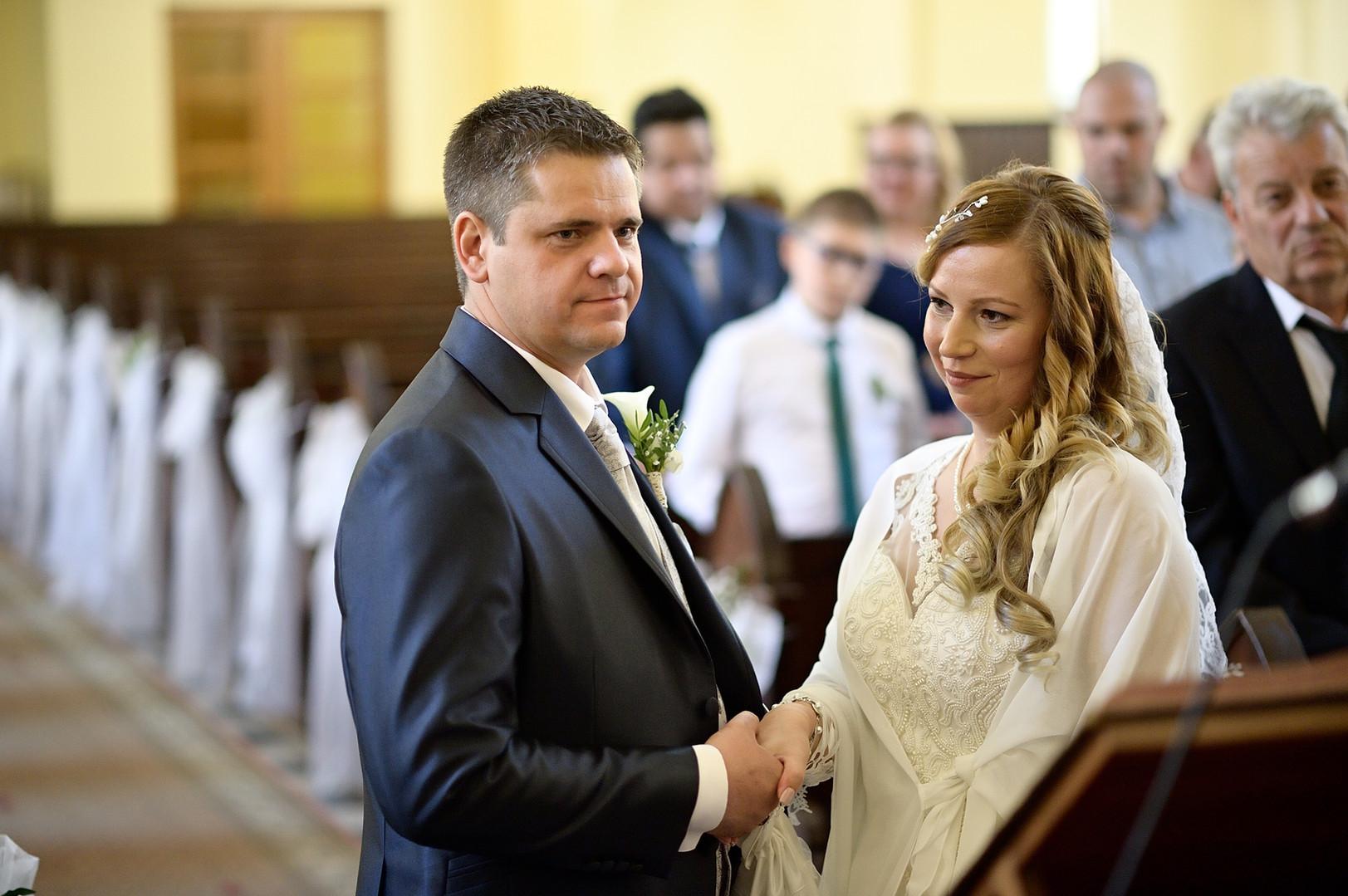 173  Esküvői fotózás - Enikő és Peti.jpg