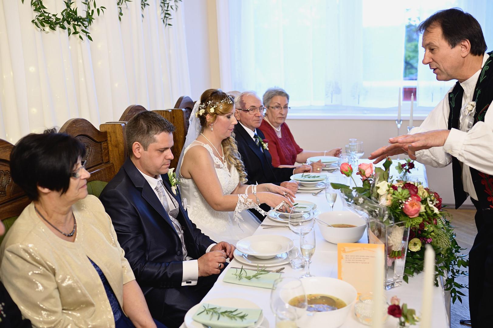401  Esküvői fotózás - Enikő és Peti Bul