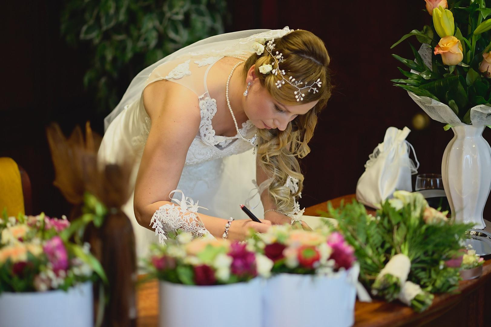 050 Esküvői fotózás - Enikő és Peti.jpg