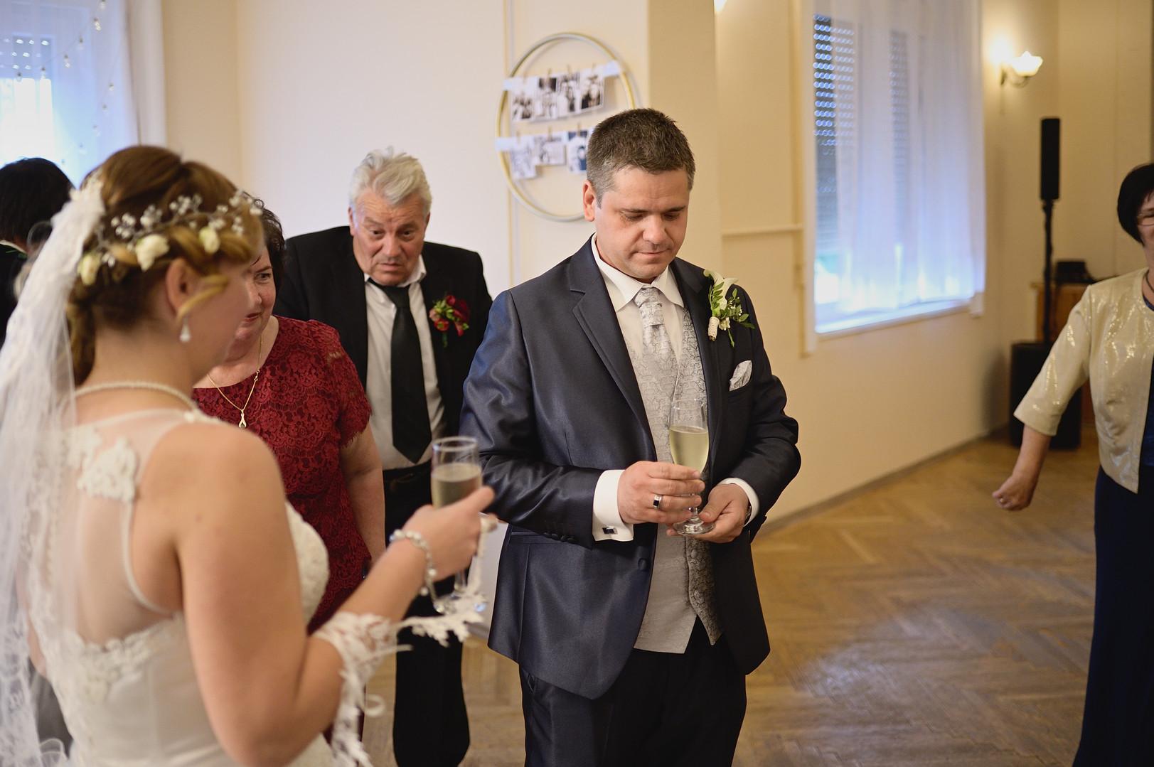 388  Esküvői fotózás - Enikő és Peti Bul