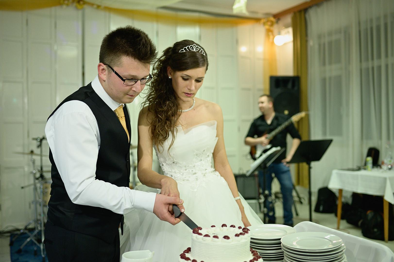 526 - Esküvő fotózás - Dia és Endi  - Bu