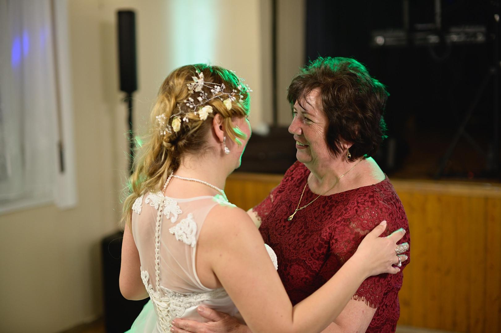 704  Esküvői fotózás - Enikő és Peti Bul