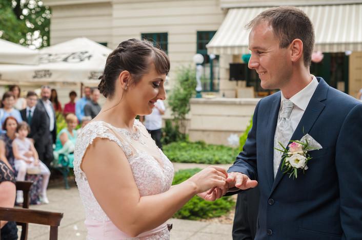 Esküvő fotózás videózás - Rita és Balázs - Polgári szertartás 14