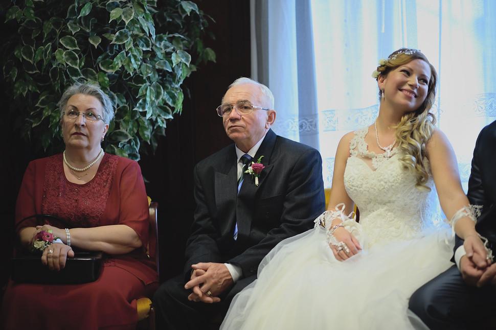 042 Esküvői fotózás - Enikő és Peti.jpg