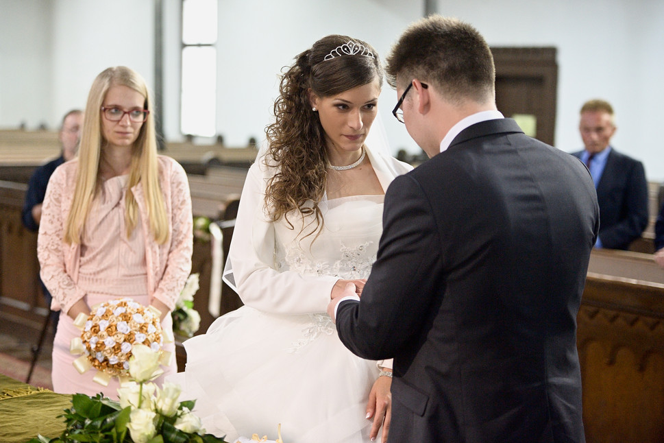 043 Esküvő fotózás - Dia és Endi - Templ