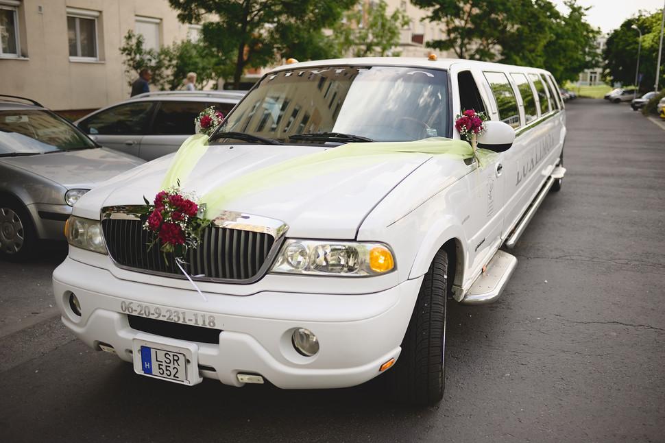 Esküvő fotózás - Enikő és Peti -  a menyasszony szekere