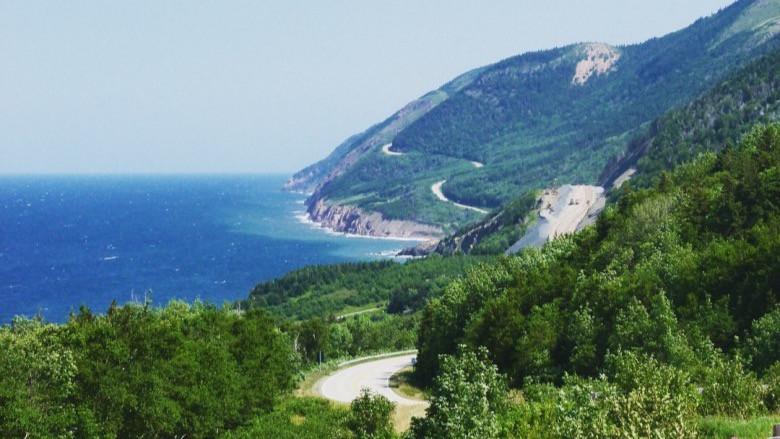 Straße entlang des Meeres,