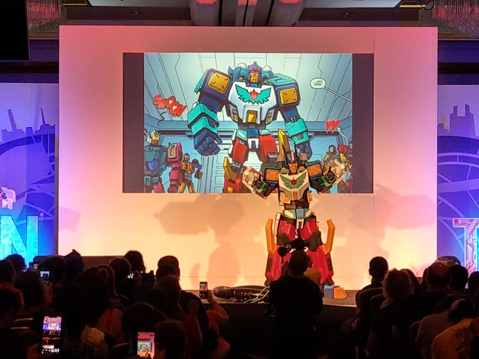 The Transformers very own celebrity Thunderclash. He's kind of a big deal you know!