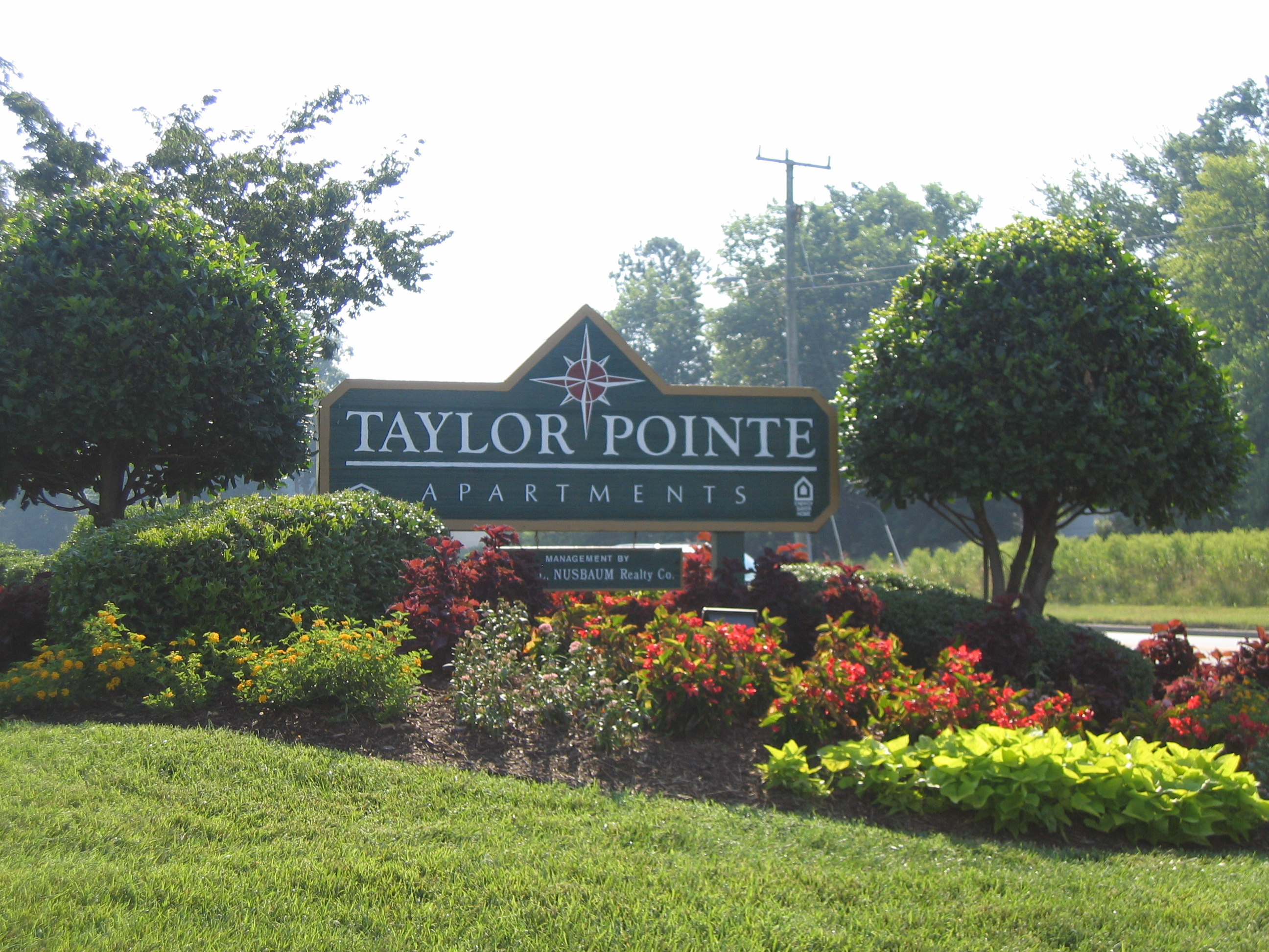 Taylor Pointe Apartments