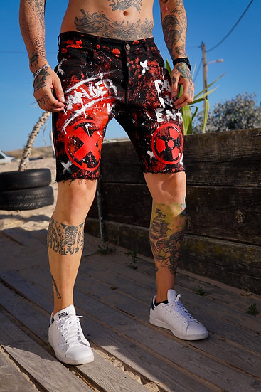 INTOLERAVEL DANGER SHORTS