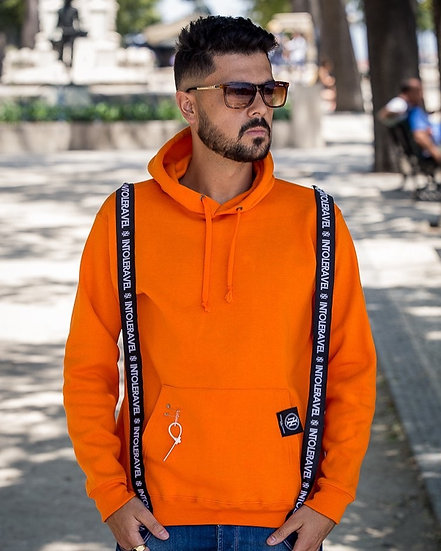 INTOLERAVEL ORANGE SWEATSHIRT C/ CAPUZ