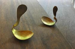 真鍮スプーン型置き物