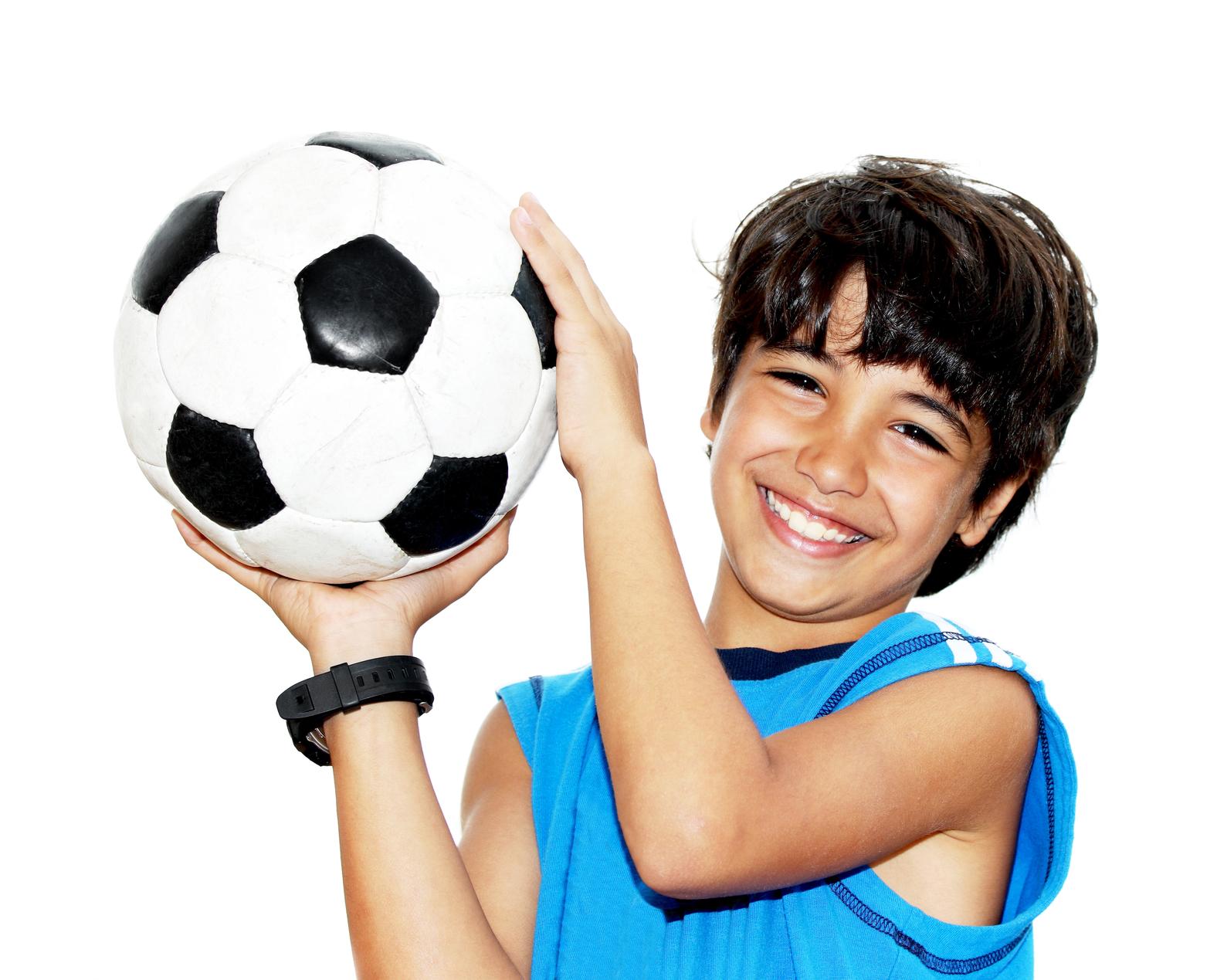 stockfresh_1862141_cute-boy-playing-football_sizeM_3a2156