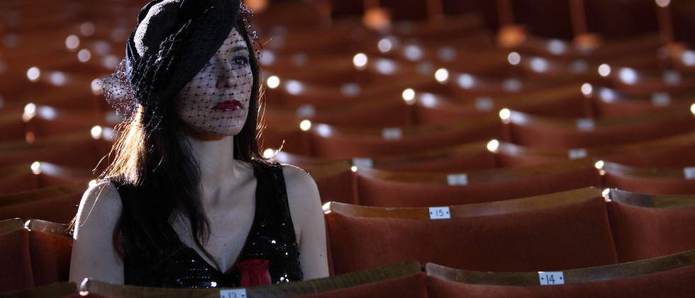 Liz+Cinema.jpg