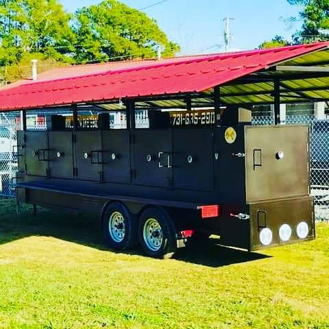 Goliath Smoker with a roof
