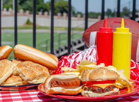 How to Throw a Summer Tailgate Party Everyone Will Remember