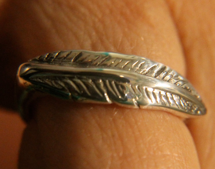 #17 WOMENS FEATHER RING