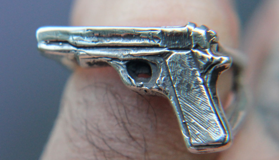 #16 GUN RING