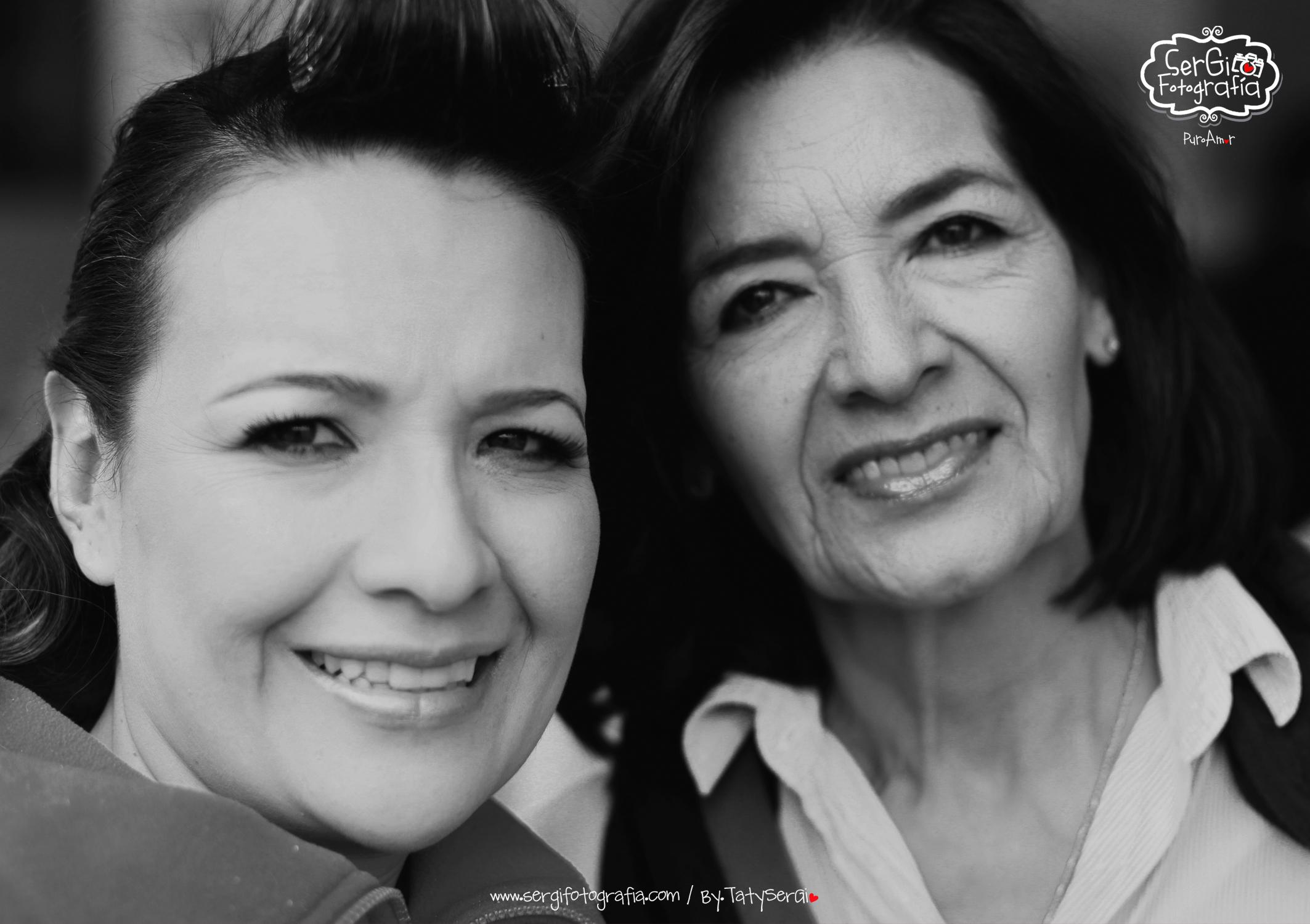 NOVIA Y MAMA