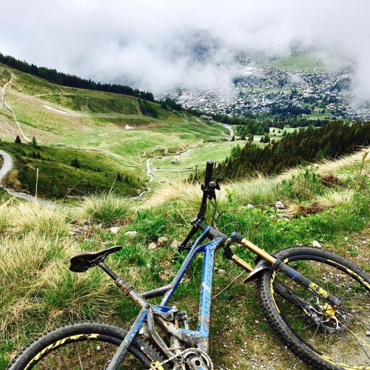 Verbier in the clouds - mountain bike tour