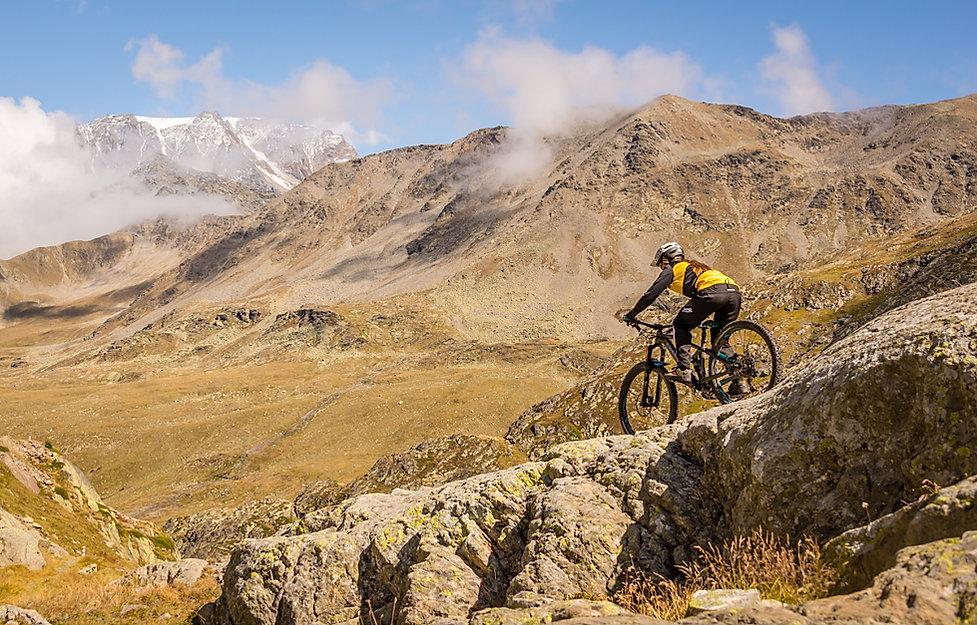 singletrail-verbier-bike-guides_full-scr