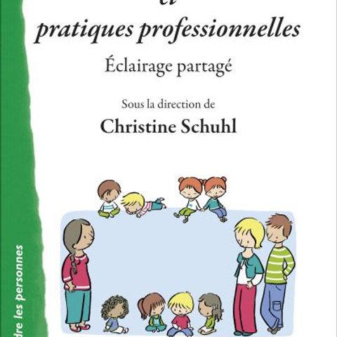 Petite enfance et pratiques professionnelles