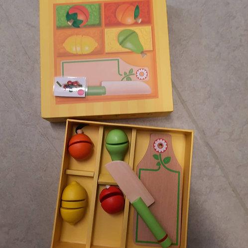Fruits et légumes en bois à couper - Djeco