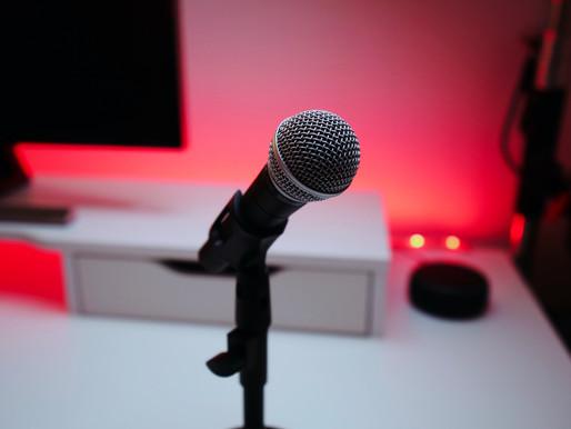 Podcast: nuovo strumento o ritorno al racconto orale?
