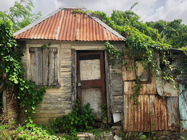 Abandoned House Antigua.jpg