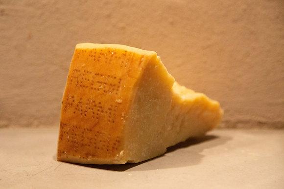 Parmigiano Reggiano 36 months Riserva Gennari 250 gr