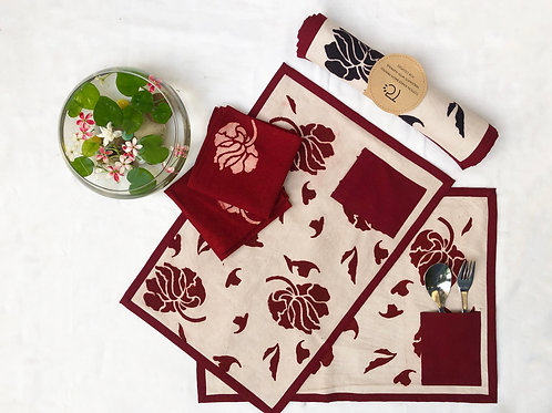 FLORAL RED TABLE MAT WITH POCKET AND HAND NAPKIN