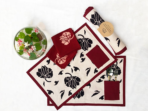 FLORAL TABLE MAT WITH POCKET AND HAND NAPKIN