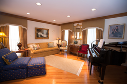 Woodridge Traditional Grand Room