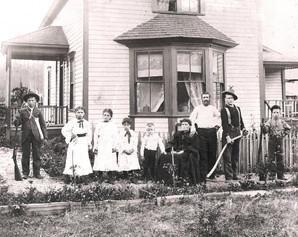 Goebel Issaquah-1900.jpg
