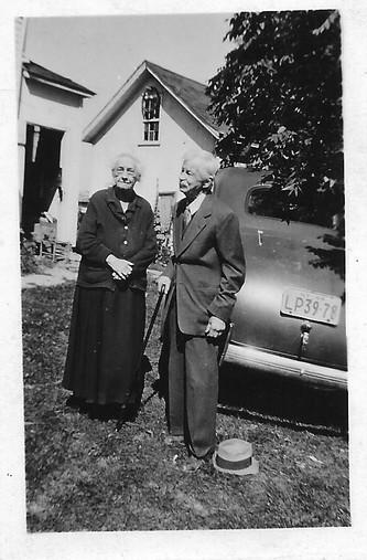 Helen Hand Sanger and Jay Peter Sanger.j